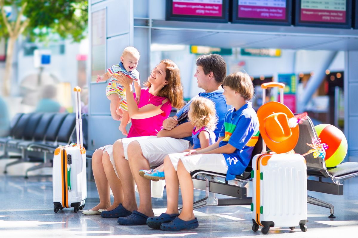 Top 10 Items to Take When Traveling With a Baby