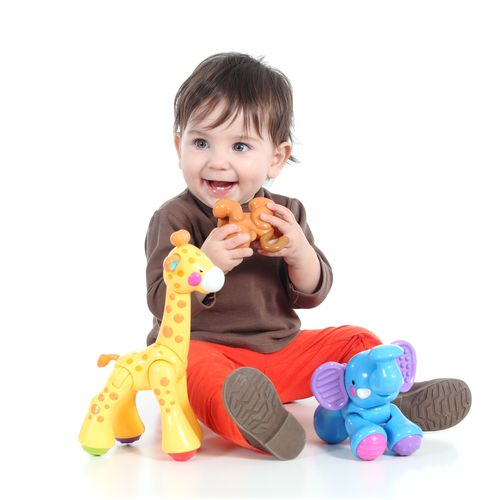 top-10-items-to-take-when-traveling-with-a-baby-toys